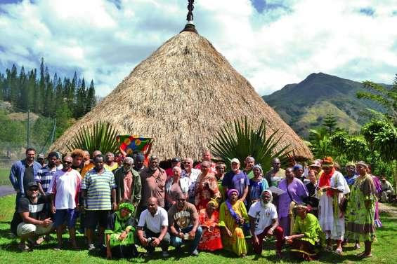 La case de la tribu d'Azareu inaugurée  en grande pompe