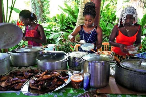 La communauté africaine expose ses cultures au Vallon-Dore