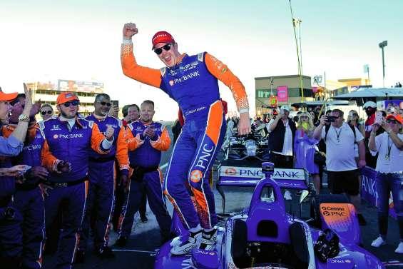 Scott Dixon passe la cinquième en IndyCar