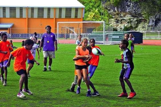 Rugby et « ultimate » au programme des primaires