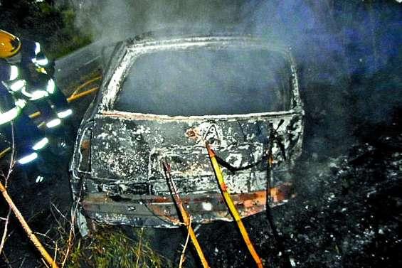 Quatre morts dans  un accident à Bourail