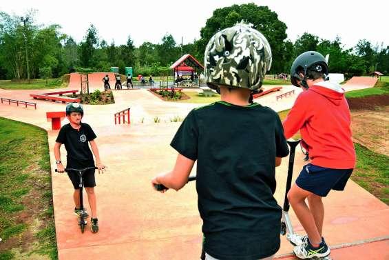 Le nouvel espace de jeux et de sport au parc de La Coulée séduit les Mondoriens
