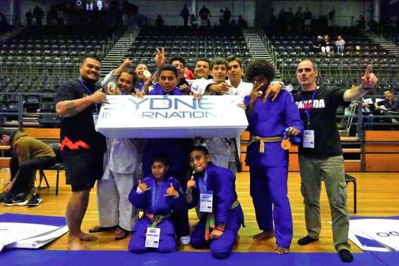 Des judokas sur le podium à Sydney