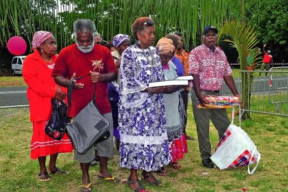 La Bible en langue cèmuhî a été dévoilée
