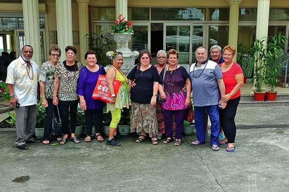 Echange entre retraités mondoriens et élèves vanuatais