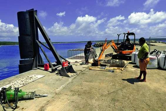 Série de chantiers  au port au de Wé