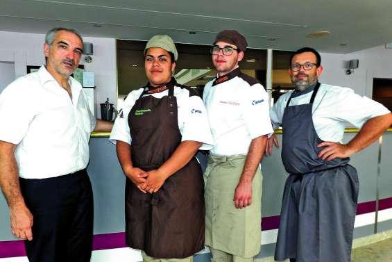 Les apprentis cuisiniers d'Escoffier gagnent la médaille de bronze