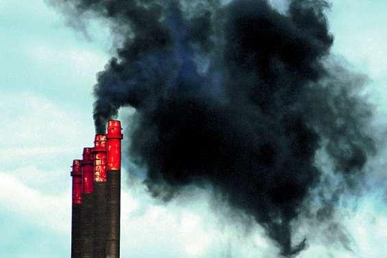 Pic de pollution  au dioxyde de soufre au-dessus de Montravel