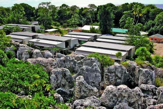 Nauru : le médecin des réfugiés limogé