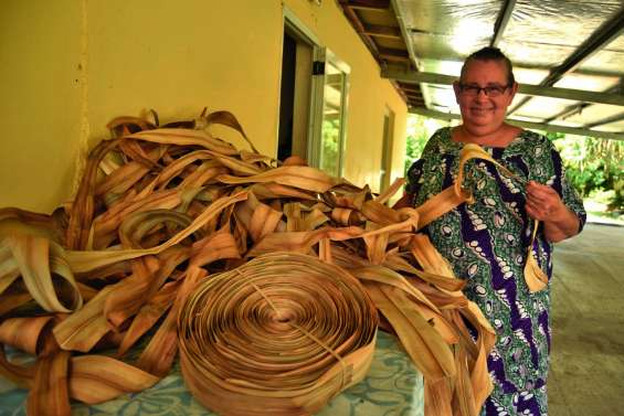 Coletti Katoa, fournisseuse  de pandanus de Koné à Nouméa