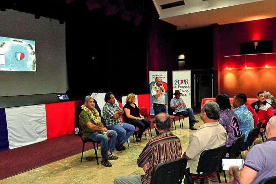 Les Républicains calédoniens en meeting à La Foa
