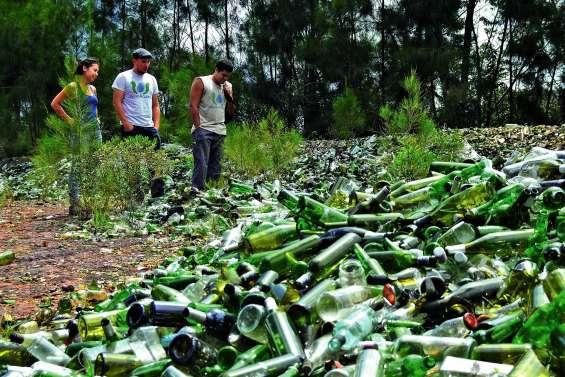 Le stock historique de verre de la commune a du mal a se vider
