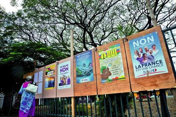 Affiche, drapeau, réseau : chacun sa campagne
