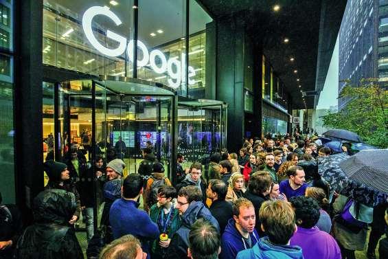 Les employés de Google dans la rue