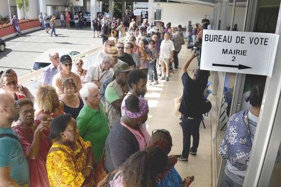 Des ambiances contrastées  dans les bureaux de Nouméa