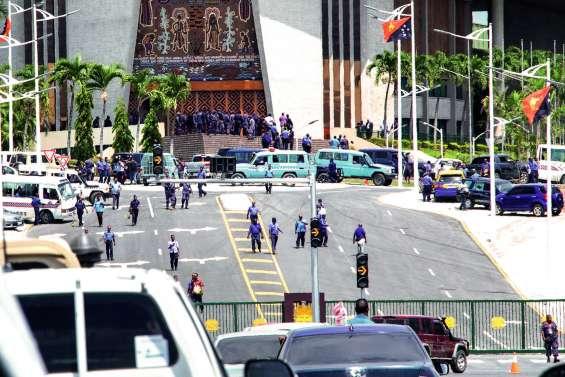 PNG : La colère des forces de l'ordre après l'Apec
