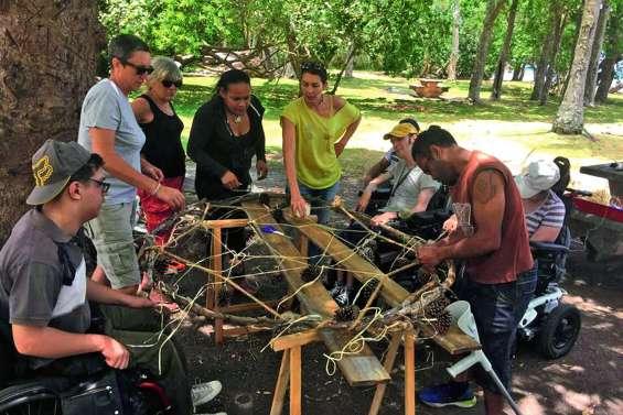 L'Apeh en atelier attrape rêves au Vallon-Dore