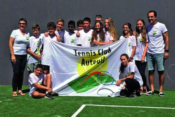 Le Tennis club d'Auteuil s'envole pour le Vanuatu