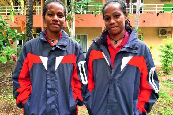 « Glesh » et « Mado », des jumelles lionnes chez les Cagoues
