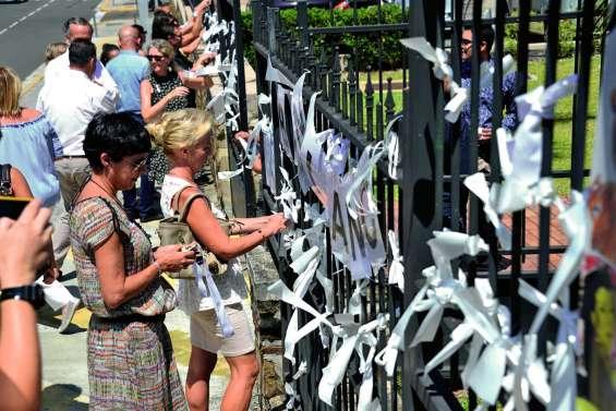 Des rubans blancs pour lutter contre les violences  à l'égard des femmes