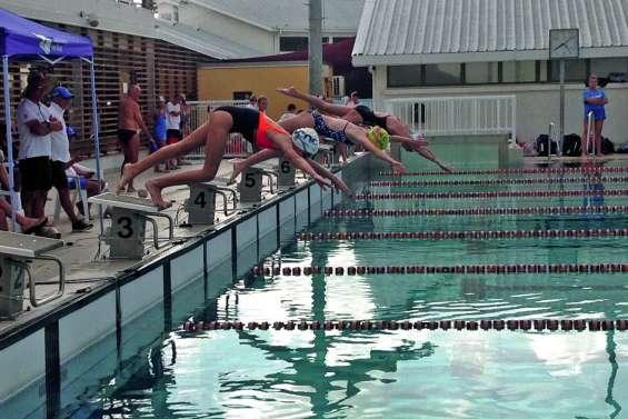 Les nageurs se sont lancés vers les France