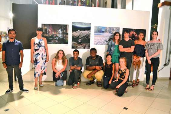 Trente étudiants exposent au centre culturel