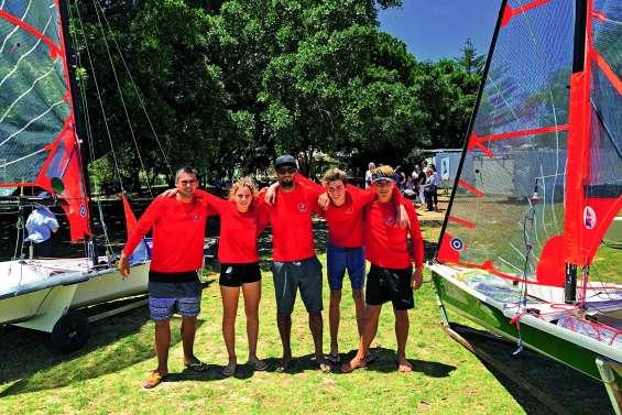 Une compétition de 29er en baie de Sydney