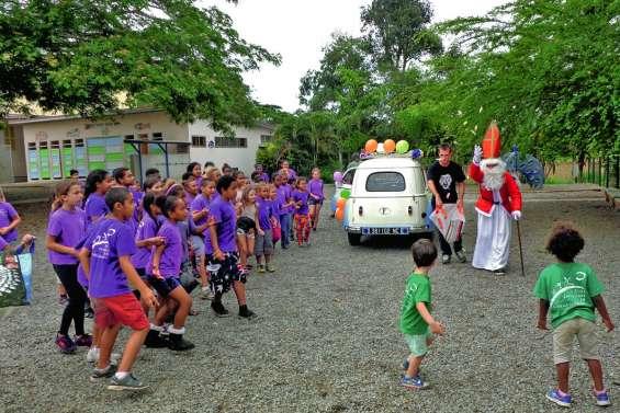 Saint Nicolas a récompensé les enfants