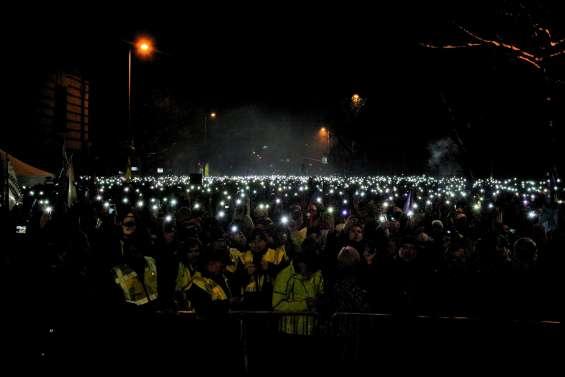 La télé publique, nouvel enjeu de la colère anti-Orban