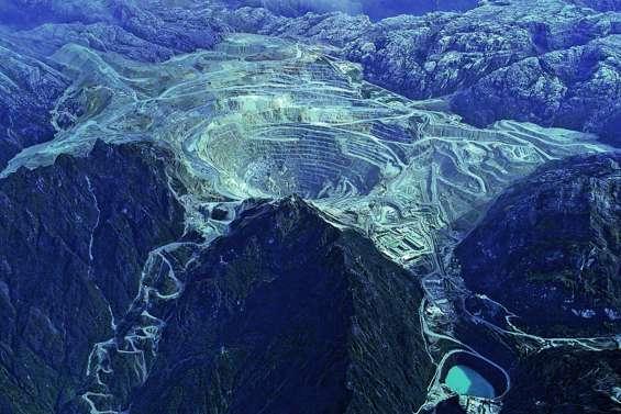 L'État prend le contrôle de la mine géante Grasberg