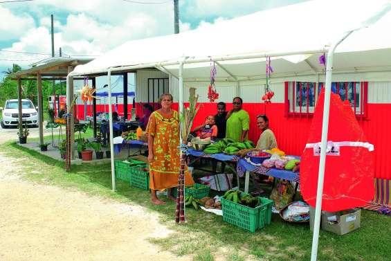 Un marché juste avant Noël
