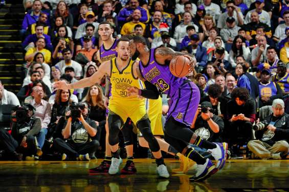 Les Los Angeles Lakers corrigent Golden State