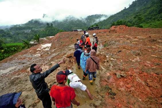 Glissement de terrain meurtrier sur l'île de Java