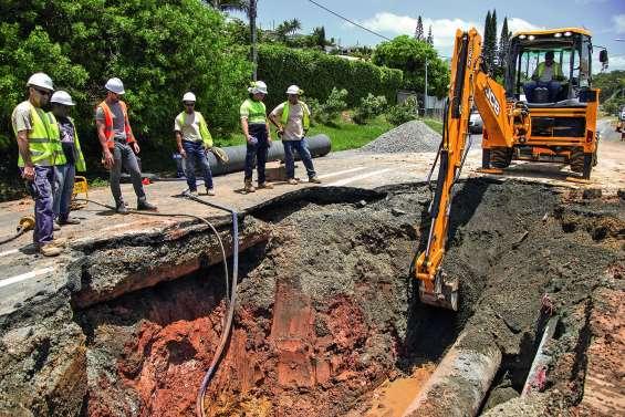La casse d'une canalisation d'eau interrompt la circulation