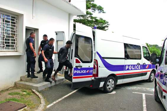 Un gang de voleurs condamné à un total de 35 ans de prison