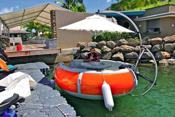 Les donut boats débarquent dans les lagons