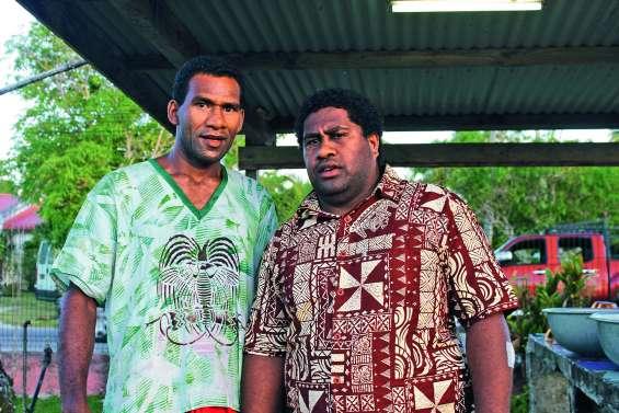 Deux jeunes pasteurs d'une même tribu