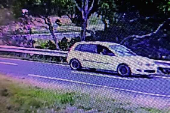 Un automobiliste poignardé  au thorax à la sortie Kenu-In