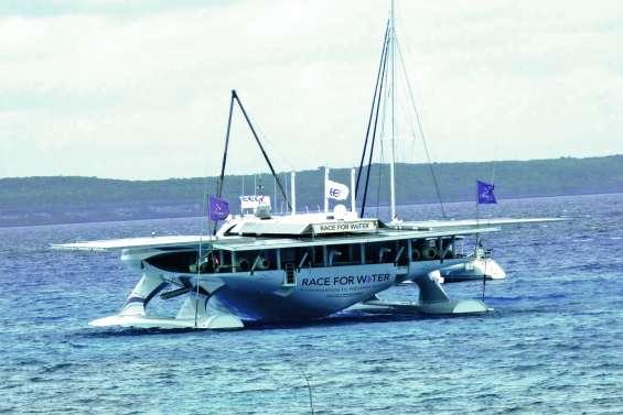Escale à Lifou, avant Nouméa pour la Race for Water Odyssée
