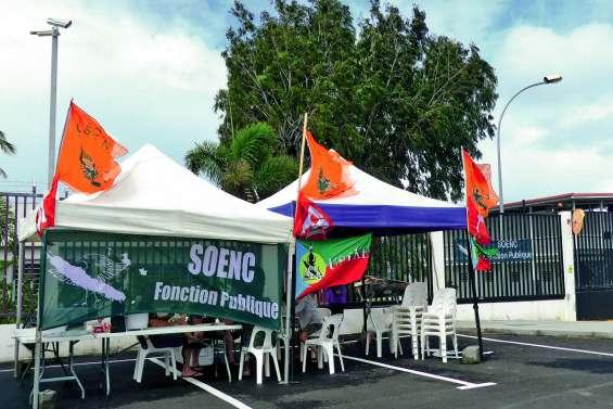 Camp-Est : mouvement de solidarité avec les surveillants de Métropole