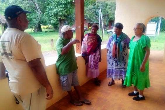 Un séminaire sur l'agriculture bio dans la vieille école de Do Néva