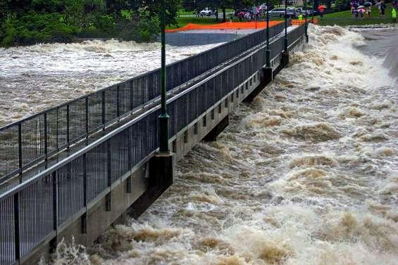 Des trombes d'eau dans le Queensland