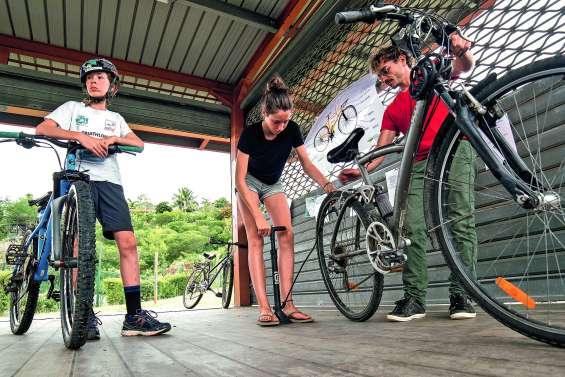 Des astuces pour réparer son vélo et sa machine à coudre