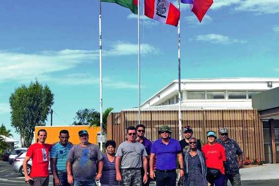 Le mouvement de la CNR lève le drapeau commun à Païta