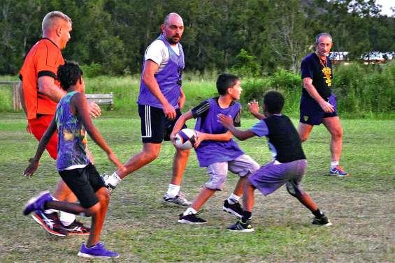 Initiation et découverte du rugby avec le RSMA-NC