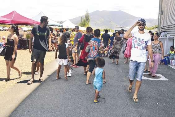 Plus de 5 000 visiteurs au vide-greniers spécial rentrée scolaire