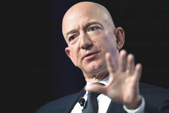 Jeff Bezos dénonce un chantage via des photos intimes