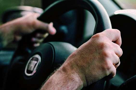 Comment rendre le permis de conduire plus accessible