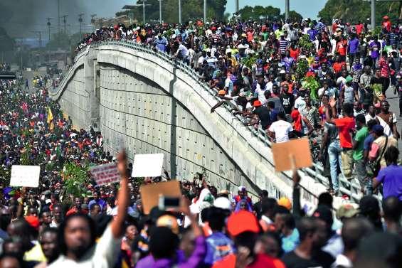 La révolte contre le président s'intensifie