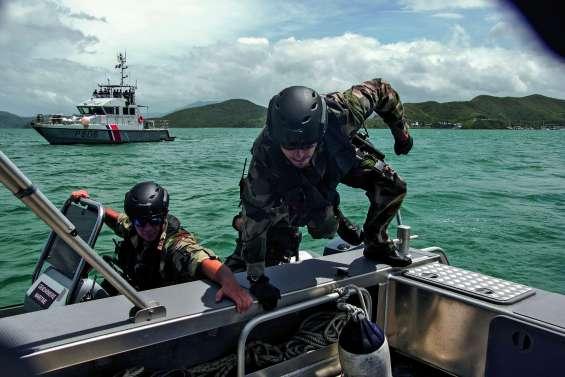 Marine, gendarmerie, douanes… Darmanin parle sécurité en mer